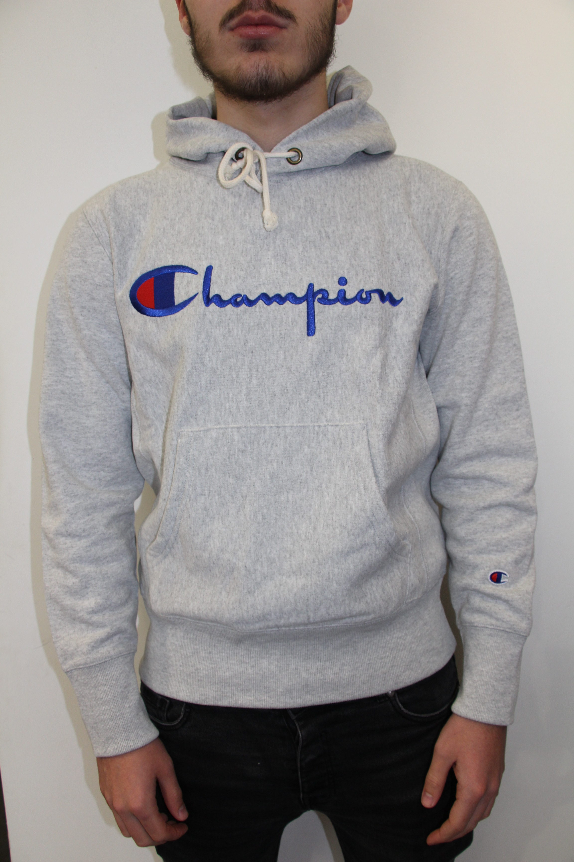 9174f92ca33c CHAMPION – Hooded Sweatshirt Grey