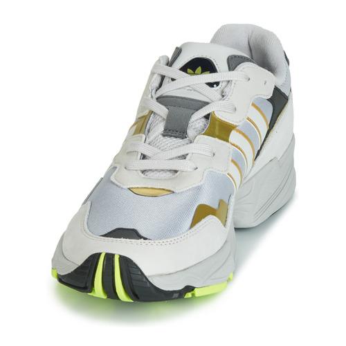 chaussures Adidas Yung 96